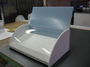 Vitrine PETG incolore et PVC blanc