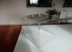 capot sans collage par assemblage (démontable stand)